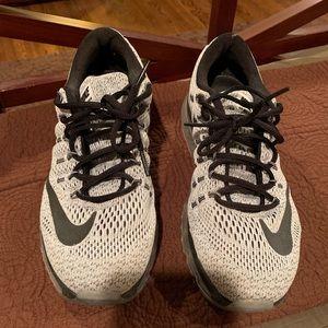 Nike airmax 2016 good condition.